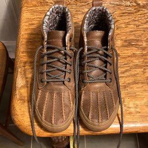 Van fleece lined boots Women's size 8